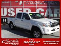 Exterior Color: super white, Body: Crew Cab Pickup