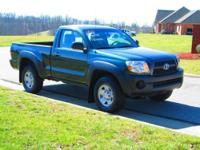 ONE LOCAL OWNER, NON-SMOKER! 2011 TOYOTA TACOMA REGULAR