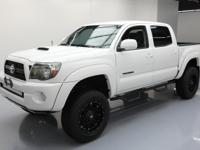This awesome 2011 Toyota Tacoma 4x4 comes loaded with