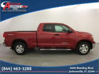 4.6L V8, Extended Cab, Tow Package, Running Boards,