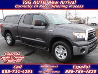 **** JUST IN FOLKS! THIS 2011 TOYOTA TUNDRA HAS JUST