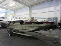 NICE 2011 TRACKER 1754 GRIZZLY SC WITH ONLY 41 ENGINE