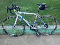 Hey I have a 2011 Trek 2.1 for sale. It is a size 54cm