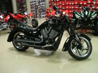 2011 Victory Kingpin 8-Ball **Low Miles**Super Super