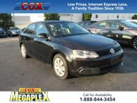 This 2011 Volkswagen Jetta 2.5L SE in Black is well