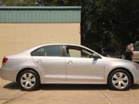 Options:  2011 Volkswagen Jetta 2.5 Se $1800 Internet