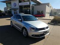 MOONROOF / SUNROOF, HEATED SEATS, KEYLESS ENTRY, 6