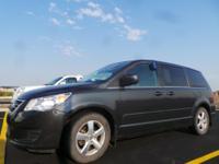 Options:  2011 Volkswagen Routan Medium Se|77|962