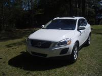 For Sale By Owner - 2011 Volvo XC60 3.2 - 2WD New