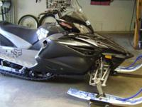 2011 Yamaha Apex SE- Excellent condition- 2,900 miles,