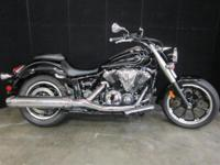 Motorcycles Cruiser 1580 PSN. A fat tire out back and a