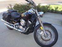 I am offering my 2011 Yamaha V-Star 650 Custom in