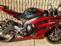 2011 Yamaha YZF-R6 Awesome Looking Bike With Some