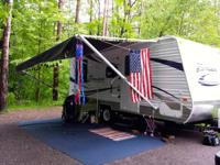 Zinger 19RDSE travel trailer is a family friendly unit