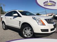 This 2011 Cadillac SRX Luxury features panoramic