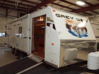 Cherokee 29bh bunk house travel trailer with toy