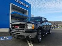 Onyx Black 2011 GMC Sierra 1500 SLE 4WD 6-Speed