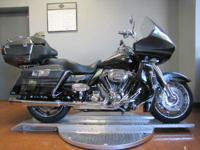 2011 Harley-Davidson CVO Road Glide Ultra Photo's