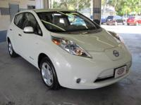 2011 Nissan Leaf SV ** Nissan Certified Preowned **