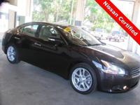 ** 2011 Maxima SV w / TECHNOLOGY PACKAGE ** NAVIGATING