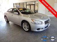 2011 Nissan Maxima S ** Sunroof ** NO ACCIDENTS **