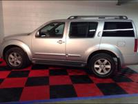 are pleased to offer our 2011 Nissan Pathfinder SV with