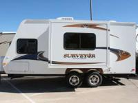 Travel Trailers Expandable/Hybrid Trailers 6831 PSN.