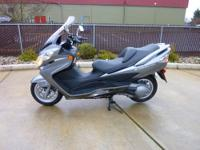 2011 Suzuki Burgman 400 Scooter with ABS brakes. ( Only