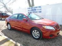 2011 TOYOTA CAMRY LE. LOCAL TRADE WITH GREAT SERVICE