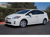 Exterior Color: super white, Body: Hatchback, Engine: