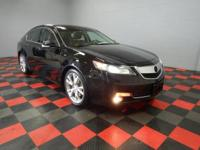 Leather, Sunroof/Moonroof, Non Smoker, AWD, Bluetooth,
