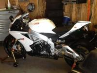 2012 Aprilia RSV4R 40 championships edition white with