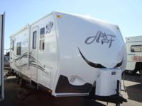 2012 Arctic Fox 25P Travel Trailer , A Classic , Built