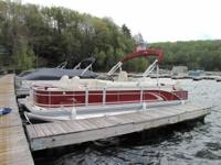 22 foot Bennington 2275 GFS pontoon boat 2012 is for
