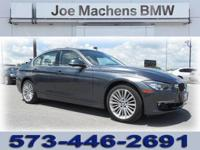 This 2012 BMW 3 Series 4dr 4dr Sdn 328i RWD features a