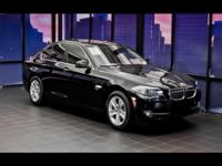 EPA 32 MPG Hwy/22 MPG City! 528i xDrive trim. GREAT