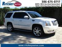 WELL MAINTAINED 2012 CADILLAC ESCALADE**CLEAN CAR