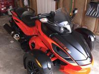 2012 Can-Am Spyder RSS SE-5 semiautomatic with 4600