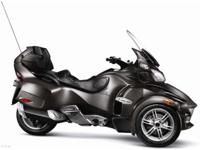 2012 Can-Am Spyder RT Audio & Convenience SE5 Stock