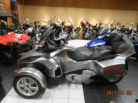 2012 Can-Am Spyder RT Audio & Convenience SM5 Very