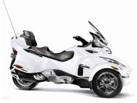 2012 Can-Am Spyder RT Limited one owner excellent