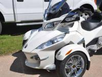 2012 Can-Am Spyder RT Limited Standard This amazing