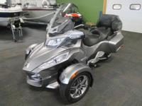 VERY CLEAN 2012 CAN-AM SPYDER RT-S SE5 WITH ONLY 6,247