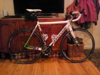 Awesome road bike, like new condition. I bought it