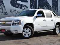 This 2012 Chevrolet Avalanche 4dr LT with Z71 features