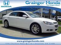 CARFAX 1-Owner. FUEL EFFICIENT 33 MPG Hwy/22 MPG City!