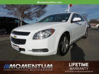 Options:  2012 Chevrolet Malibu|Summit White/Ebony|V4