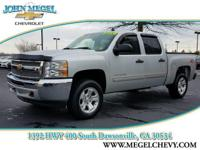 EPA 21 MPG Hwy/15 MPG City! STEERING WHEEL CONTROLS,