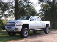 Exterior Color: silver ice metallic, Body: Crew Cab