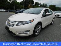 CARFAX One-Owner. White Diamond Tricoat 2012 Chevrolet